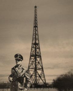 Vue de la station de radio de Gliwice après l,invasion de la Pologne. Source : http://b200athens.blogspot.ca/p/operation-himmler.html