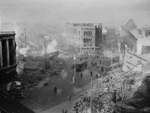 Vue du centre-ville de Coventry au lendemain du bombardement Photo : Lt Taylor (1940)