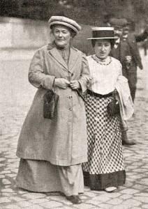 Clara Zetkin et Rosa Luxembourg Photo anonyme (1910)