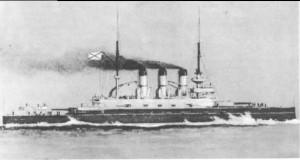 Le cuirassé Potemkine lors d'essais en mer Photo anonyme (1905) Source : Wikimédia Commons